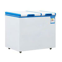Commercial ice cream freezer with solid top door