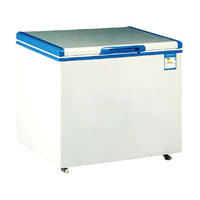 Low temperature chest freezer with top open door